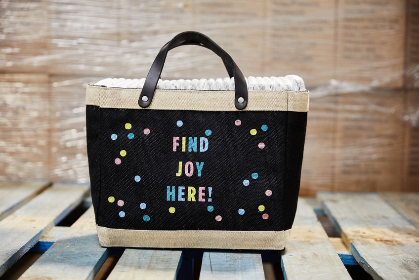 Event: Bringing Back the Customizable Petite Market Bag in Black to Help American Families